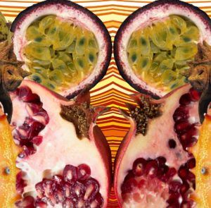 imagen surrealista con frutas de la pasión