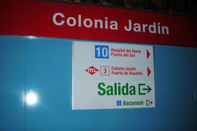 Señalización estación Colonia Jardín